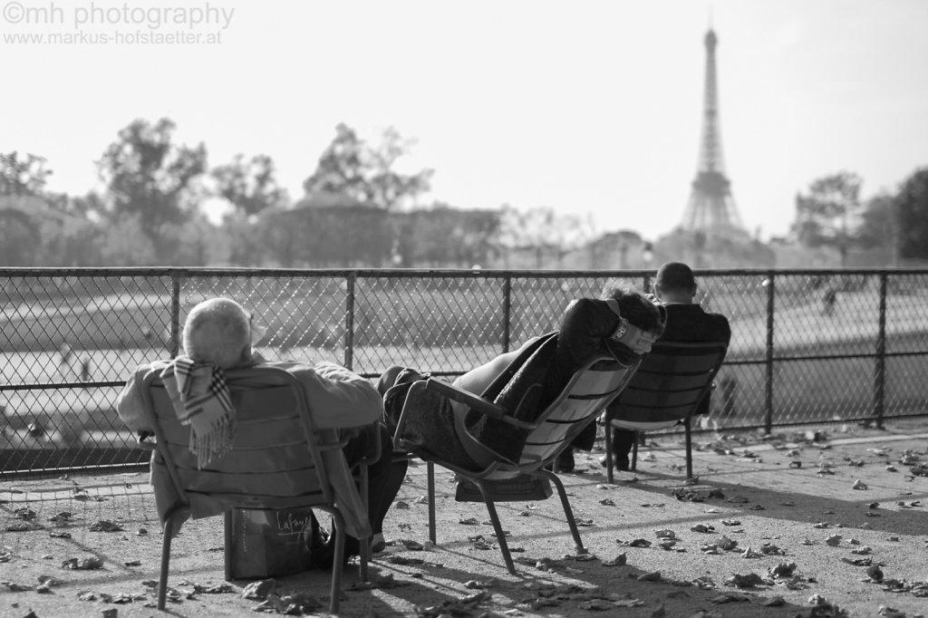 chair people 3 - paris