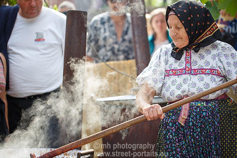 maria - jam maker - hontianska paráda - hrušov - slovakia